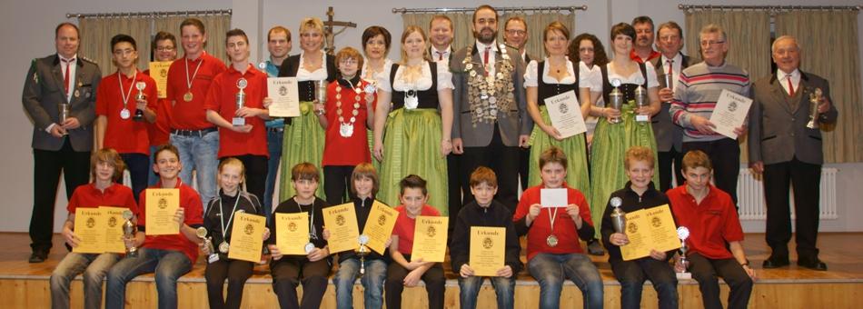 Vereinsabend und Königsproklamation 2013